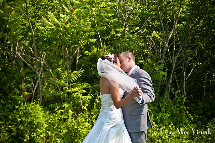 Lost-Creek-Winery-Wedding-Photography-025