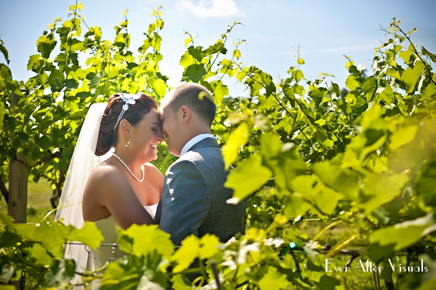 Lost-Creek-Winery-Wedding-Photography-030