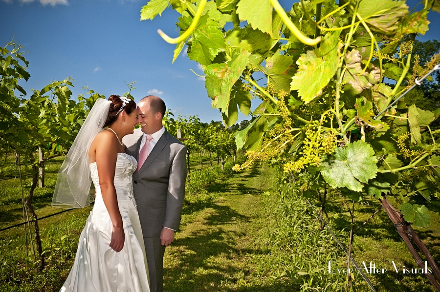Lost-Creek-Winery-Wedding-Photography-033