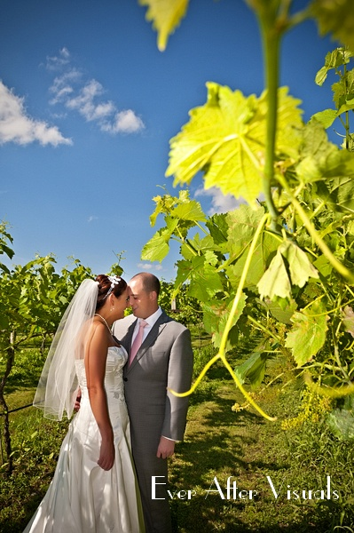 Lost-Creek-Winery-Wedding-Photography-034