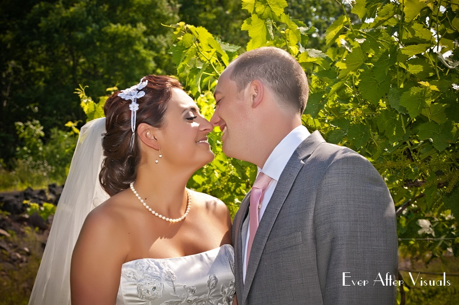 Lost-Creek-Winery-Wedding-Photography-035