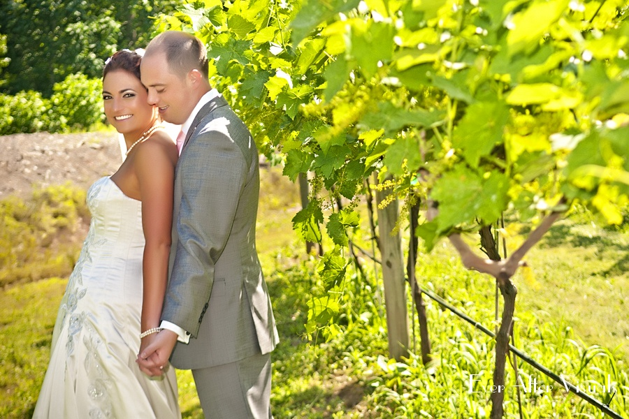 Lost-Creek-Winery-Wedding-Photography-041