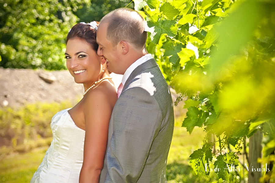 Lost-Creek-Winery-Wedding-Photography-042
