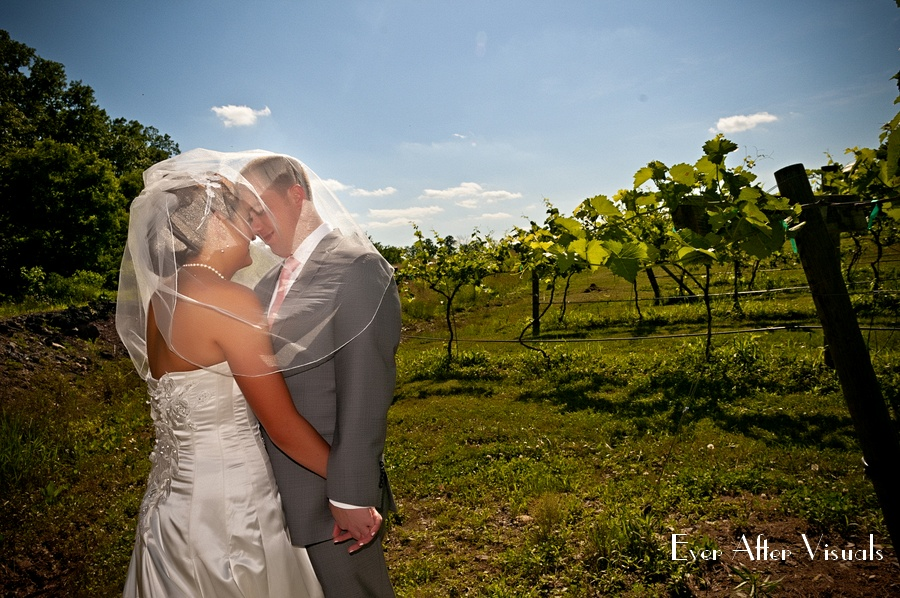 Lost-Creek-Winery-Wedding-Photography-043