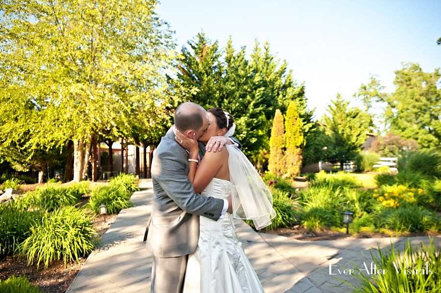 Lost-Creek-Winery-Wedding-Photography-077