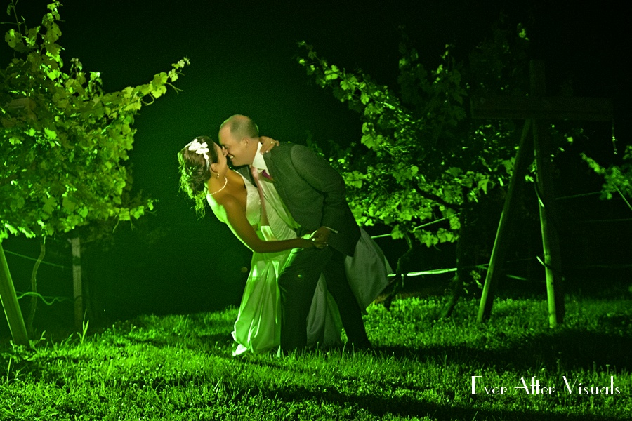 Lost-Creek-Winery-Wedding-Photography-094