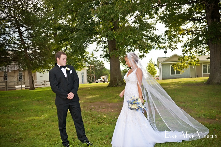 Morais-Winery-Vineyard-Outdoor-Wedding-023