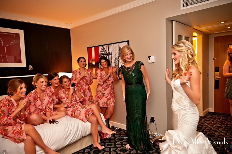Ronald-Reagan-Building-Wedding-Photography-005