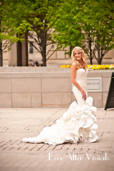 Ronald-Reagan-Building-Wedding-Photography-009