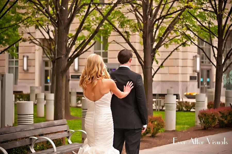 Ronald-Reagan-Building-Wedding-Photography-012