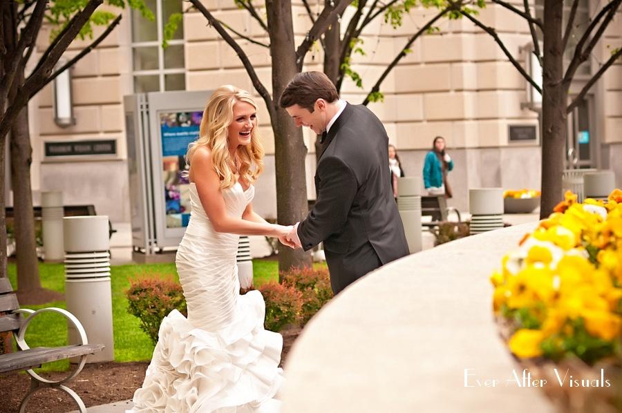 Ronald-Reagan-Building-Wedding-Photography-016