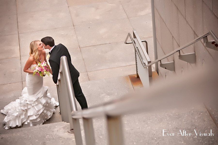 Ronald-Reagan-Building-Wedding-Photography-022