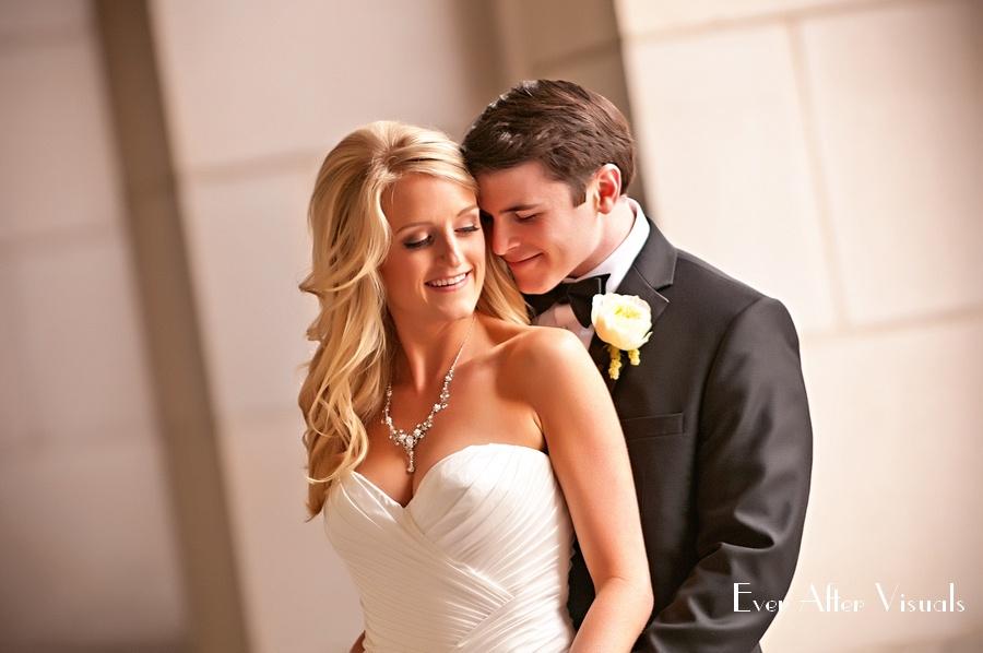 Ronald-Reagan-Building-Wedding-Photography-025