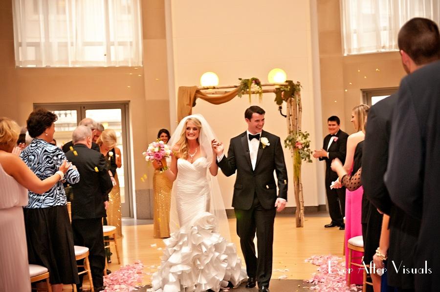 Ronald-Reagan-Building-Wedding-Photography-036