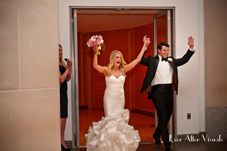 Ronald-Reagan-Building-Wedding-Photography-037