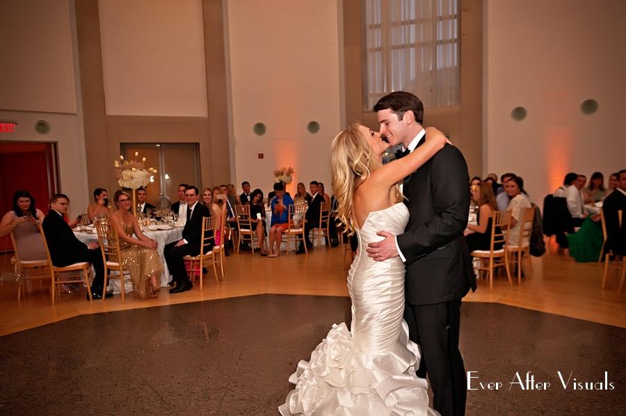 Ronald-Reagan-Building-Wedding-Photography-039