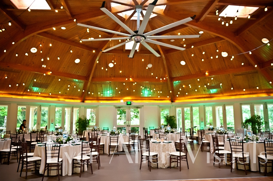 Airlie-Conference-Center-Wedding-Photography-033