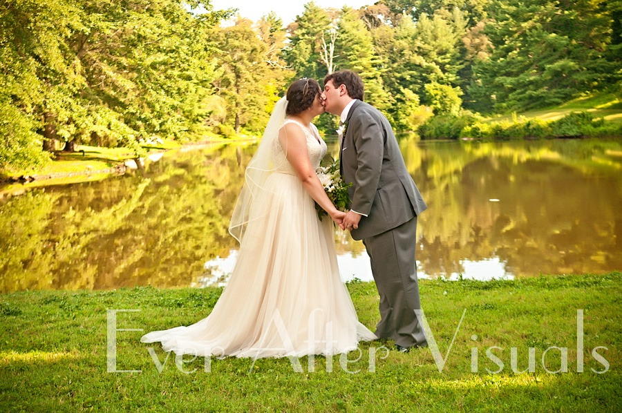 Airlie-Conference-Center-Wedding-Photography-036