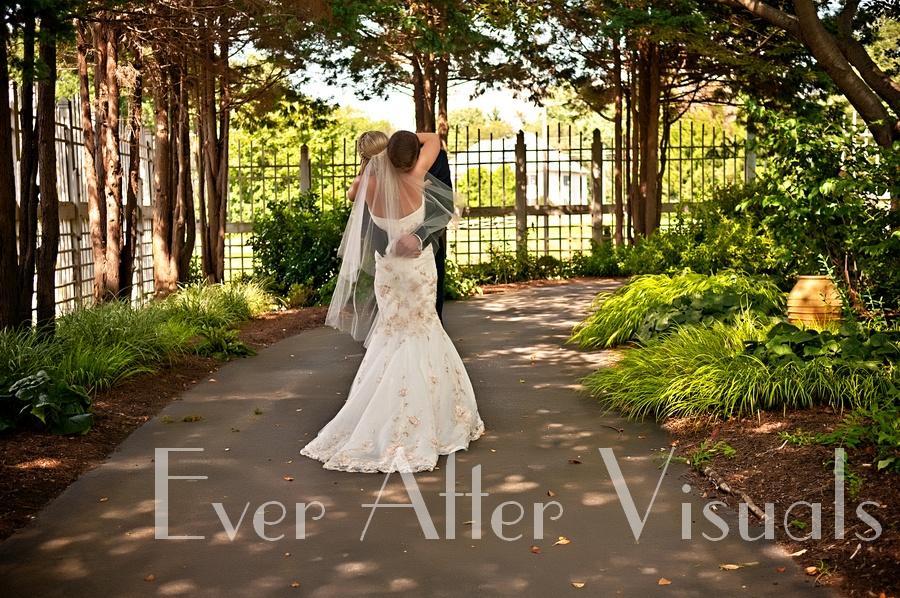 Meadowlark-Gardens-Wedding-Photography-023