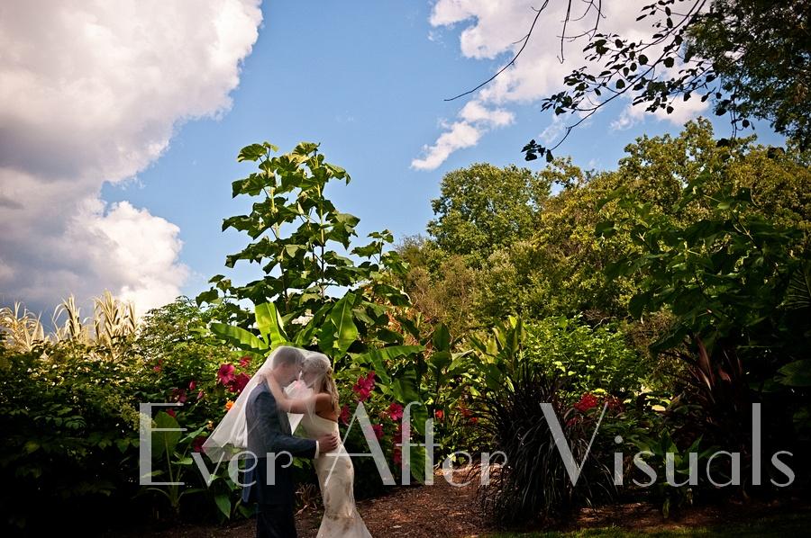 Meadowlark-Gardens-Wedding-Photography-048