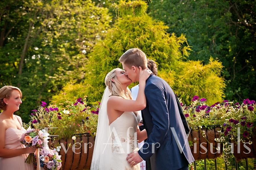 Meadowlark-Gardens-Wedding-Photography-065
